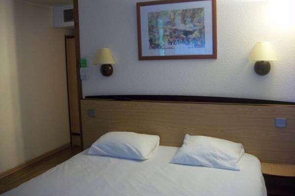 Hotel Campanile Tarbes - Bastillac