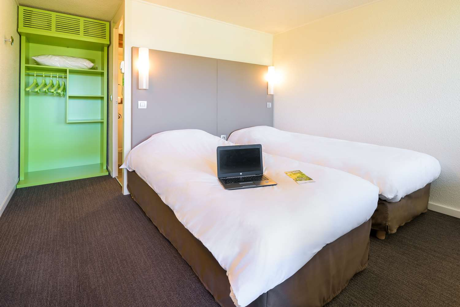 Campanile Toulouse Sesquiᅢᄄres Room
