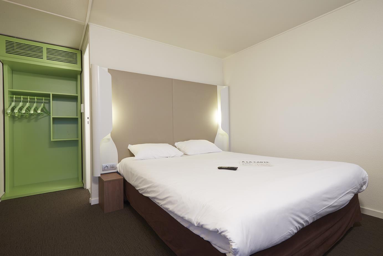 HOTEL CAMPANILE TROYES SUD - Buchères