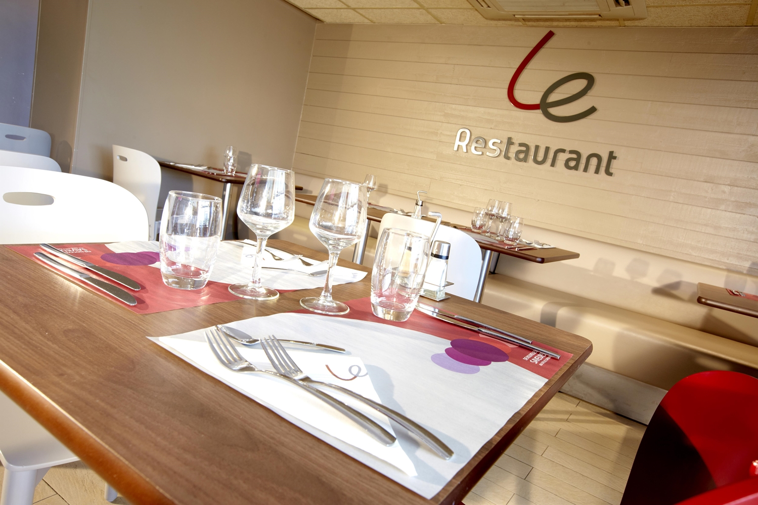 Restaurant - Hotel Campanile Valence Nord