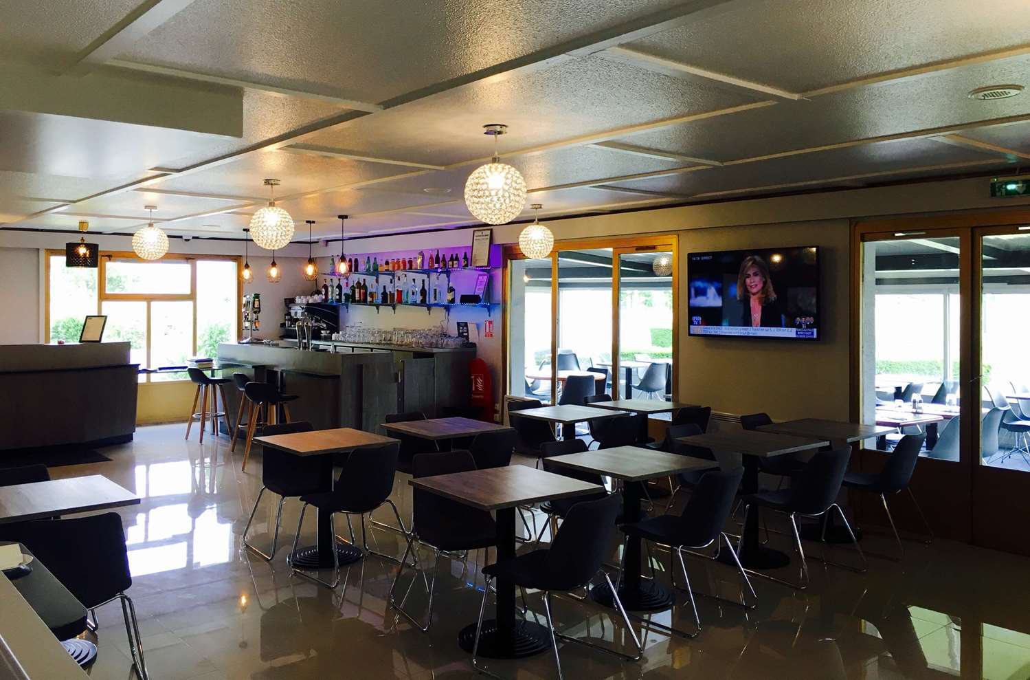Restaurant - Hotel Kyriad Valenciennes Sud - Rouvignies