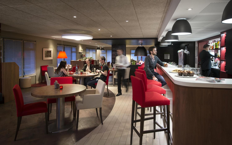 Restaurant - Hotel Campanile Villennes Sur Seine - Poissy