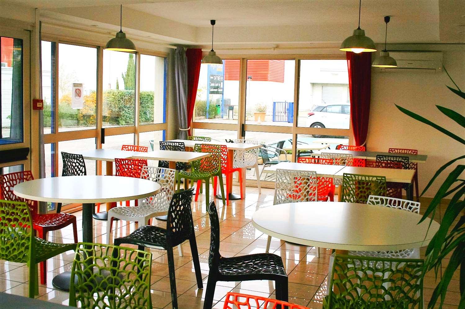 Restaurant - Hotel Kyriad Arles