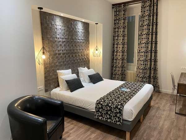 فندق KYRIAD CHALON SUR SAONE CENTRE