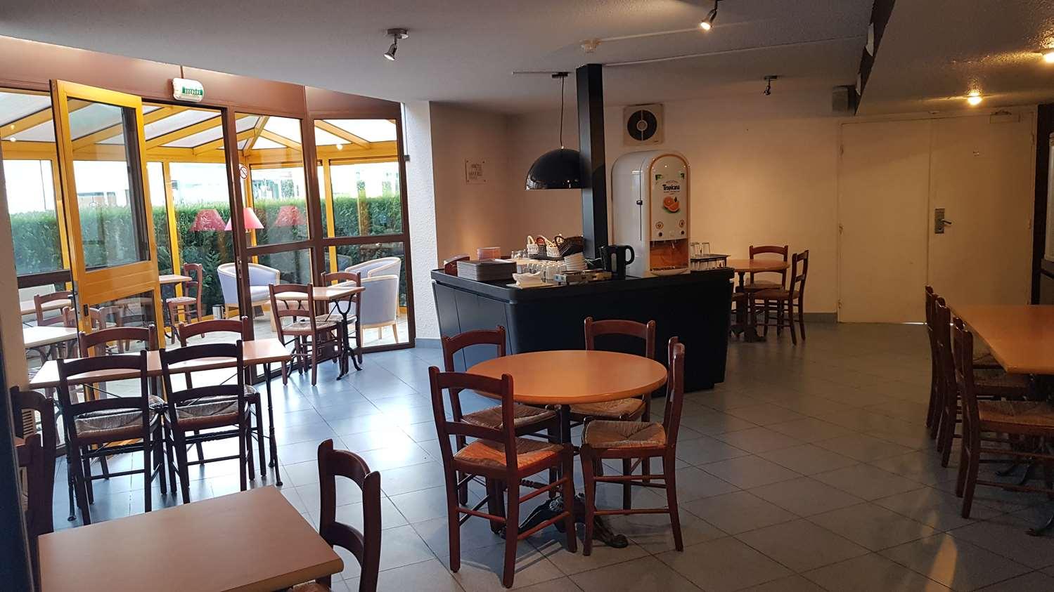 Restaurant - Hôtel Kyriad Chantilly