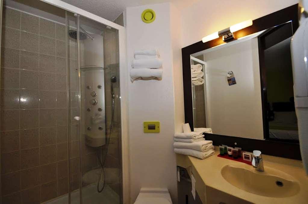 HOTEL KYRIAD Design ENZO MONTLUCON - Saint Victor