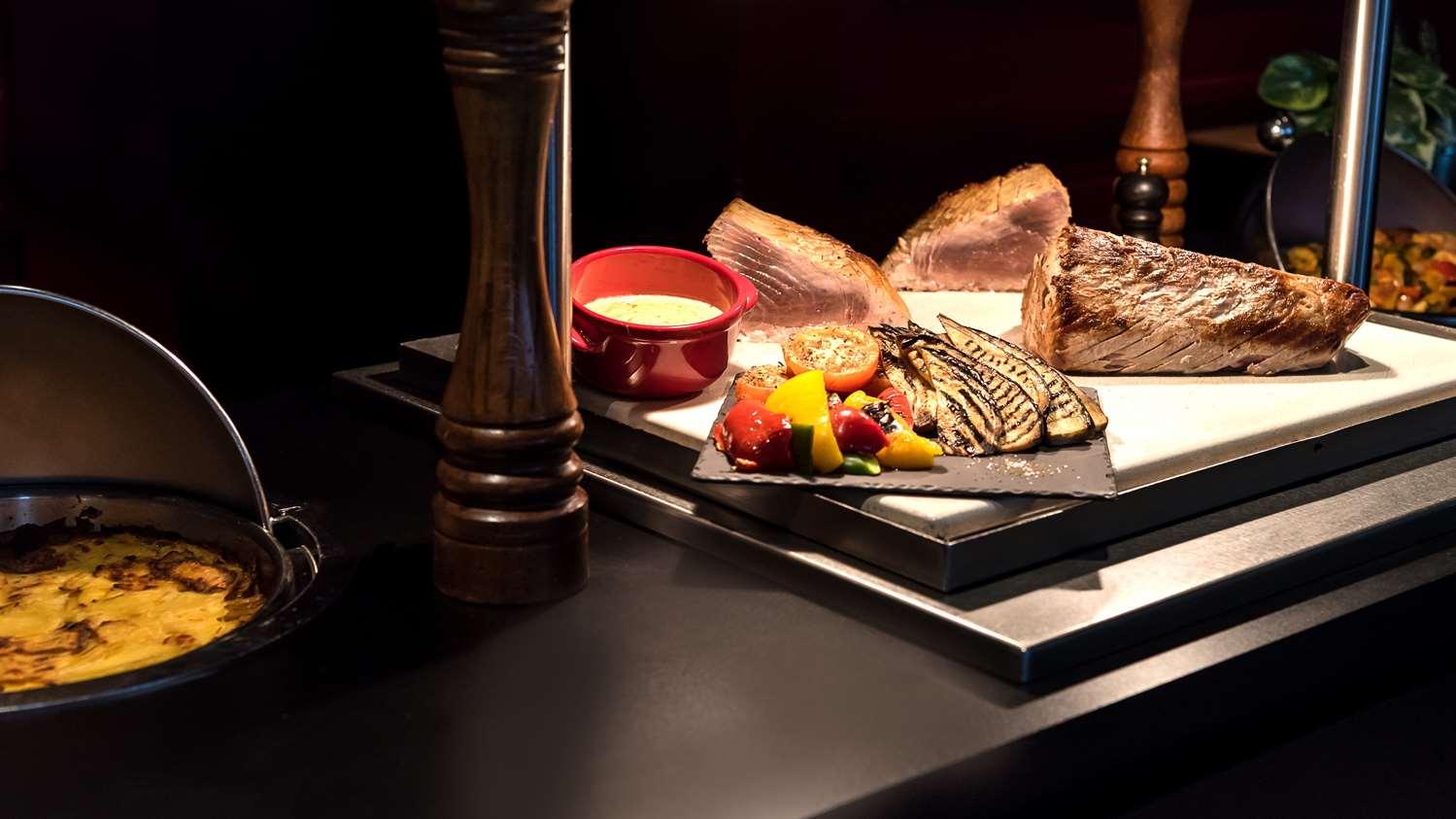 Restaurant - Hotel Kyriad Le Blanc Mesnil