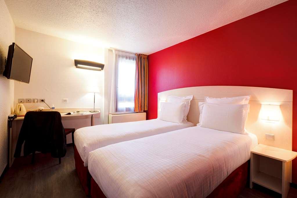Hotel Kyriad Lyon Sud - Saint Genis Laval