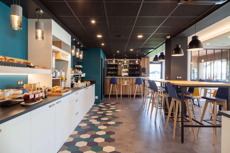 Restaurant - Hotel Kyriad Niort - Espace Mendès-France