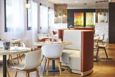 Kyriad Hotel Paris La Défense - Bezons