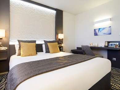 Hotel KYRIAD PARIS OUEST - Bezons La Défense