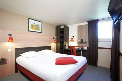 Hotel KYRIAD PARIS OUEST - Colombes