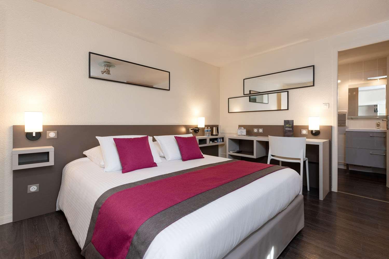 HOTEL Kyriad Saint-Etienne Centre