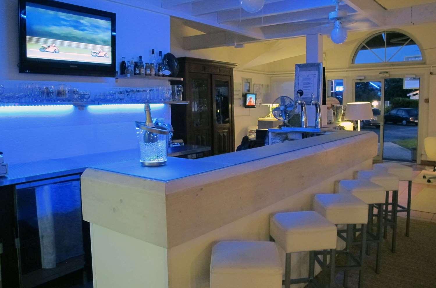 Restaurant - Hotel Kyriad Saintes