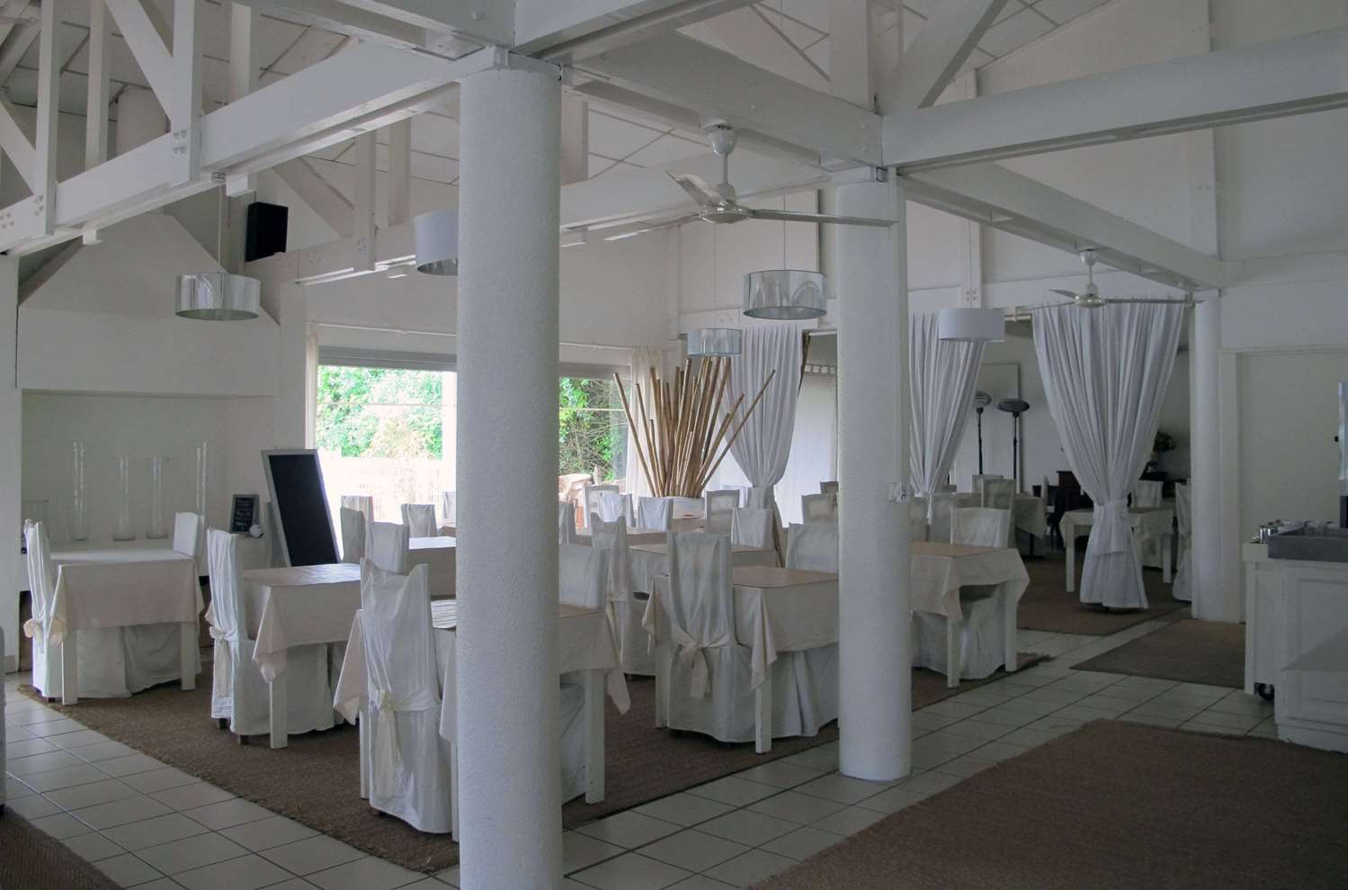 Restaurant - Hôtel Kyriad Saintes