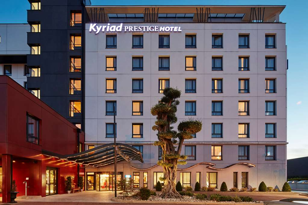 KYRIAD PRESTIGE LYON EST - Saint Priest Eurexpo Hotel and SPA
