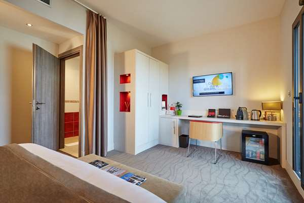 Hotel KYRIAD PRESTIGE LYON EST - Saint Priest Eurexpo Hotel and SPA - Standard Room
