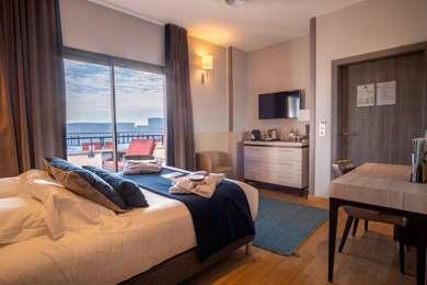 Hotel KYRIAD PRESTIGE LYON EST - Saint Priest Eurexpo Hotel and SPA