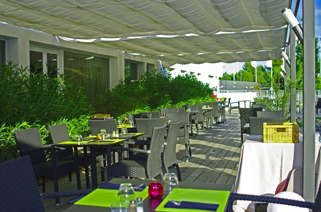 Kyriad prestige montpellier ouest croix d 39 argent for Hotels montpellier