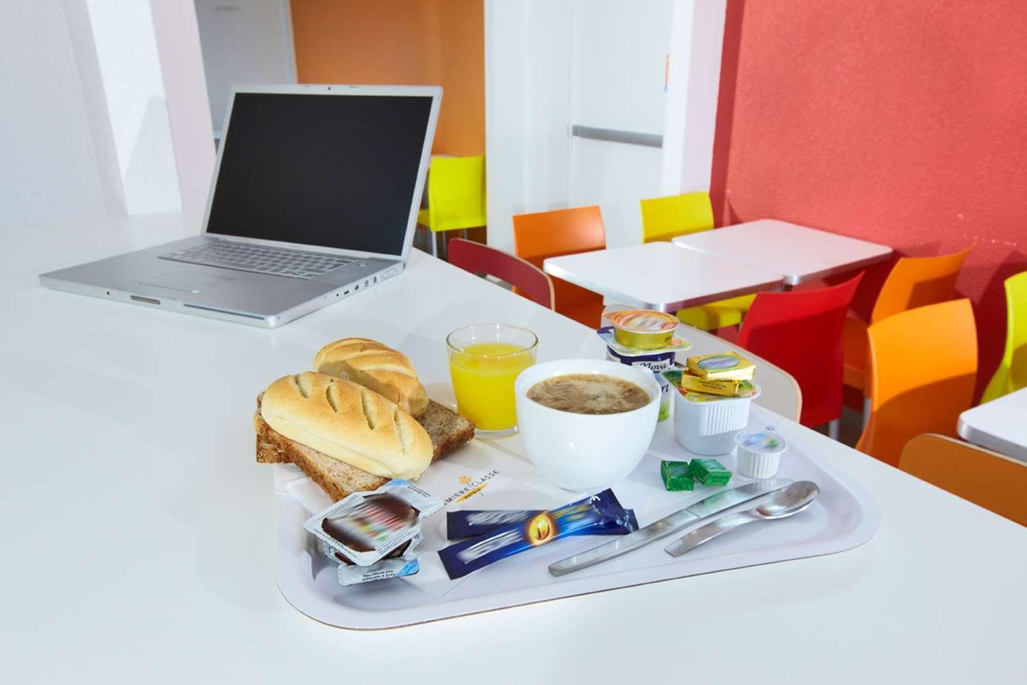 Restaurant - Hotel Premiere Classe Amiens Est - Glisy