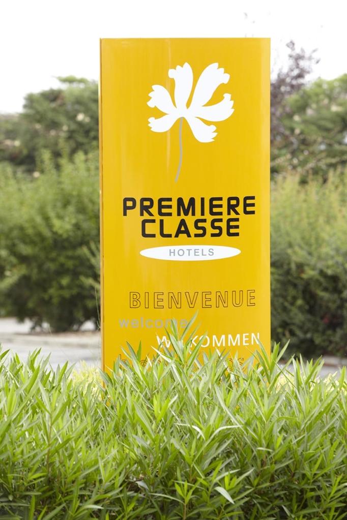 PREMIERE CLASSE AVIGNON - Courtine