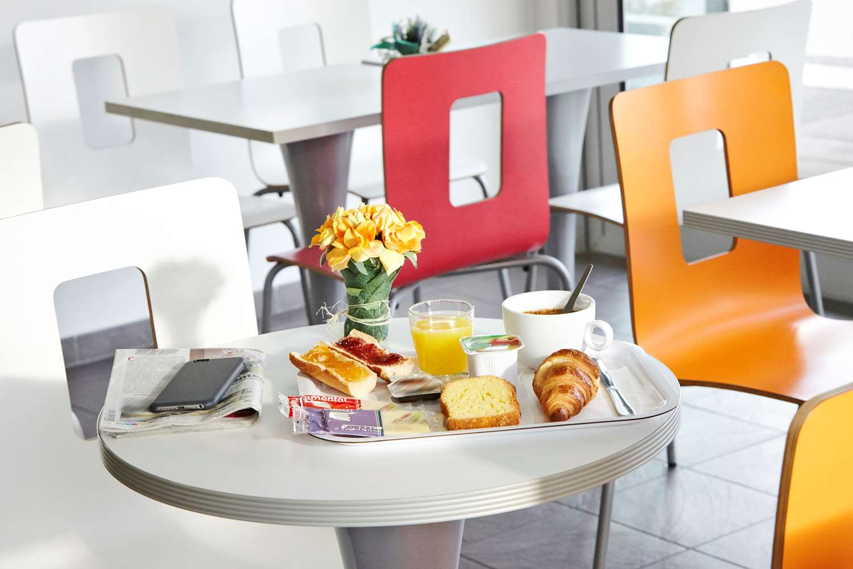 Restaurant - Hotel Premiere Classe Avignon Sud - Parc Des Expositions