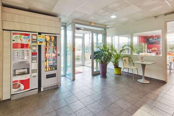 Hotel Première Classe Avignon Sud - Parc Des Expositions