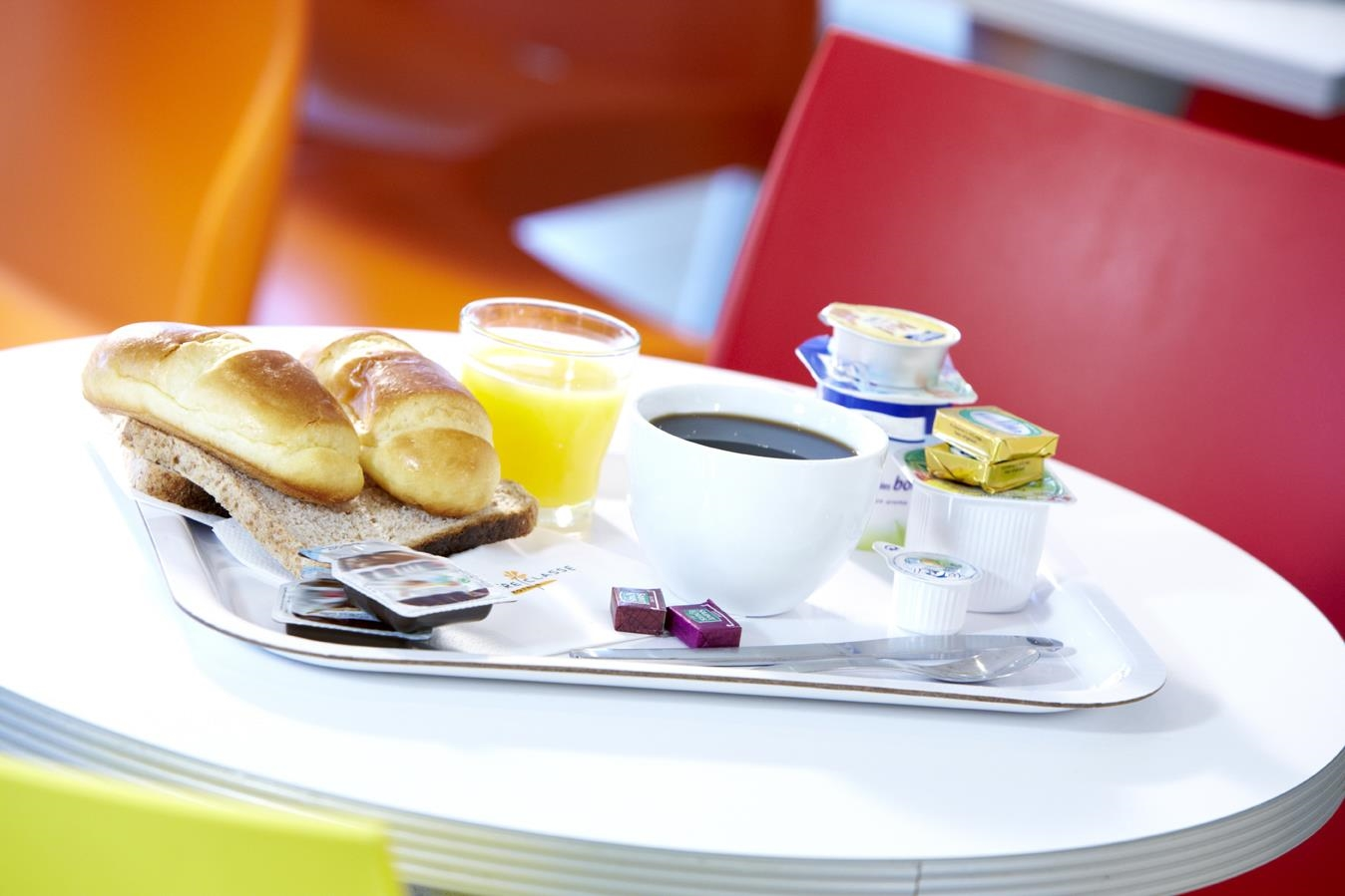 Restaurant - Hôtel Premiere Classe Besancon - Ecole Valentin