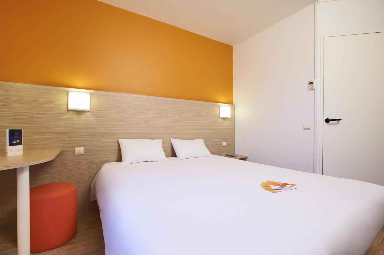 HOTEL PREMIERE CLASSE BORDEAUX NORD - Lac