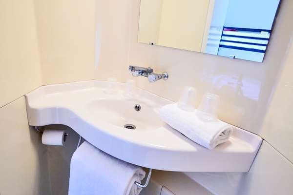 Hotel PREMIERE CLASSE CAEN EST - Mondeville - Standard Room
