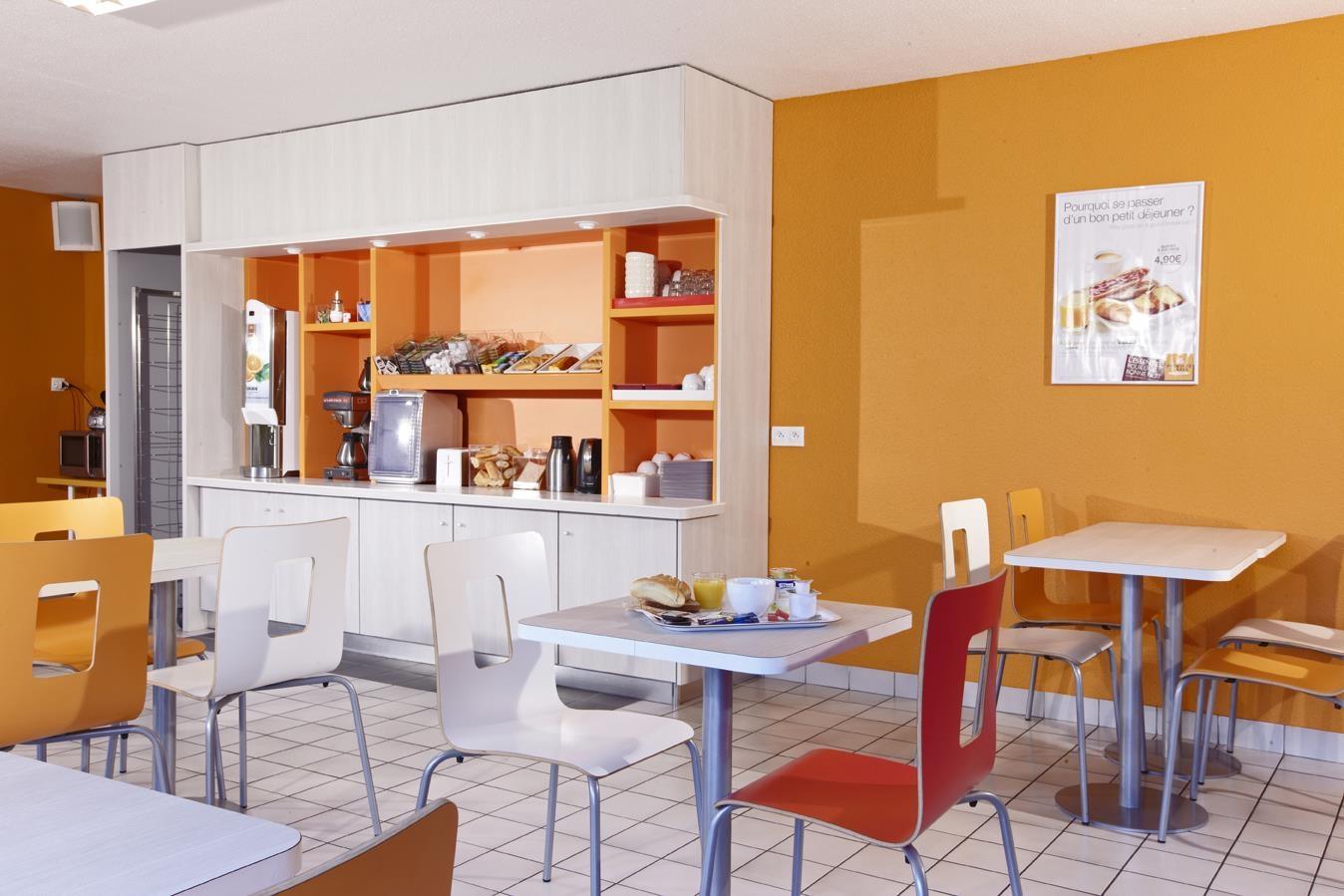 Restaurant - Hotel Premiere Classe Cherbourg - Tourlaville