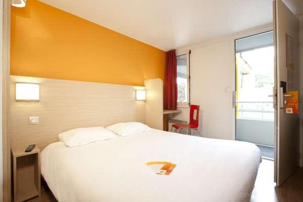 Hotel Première Classe Clermont Ferrand Sud - Aubière