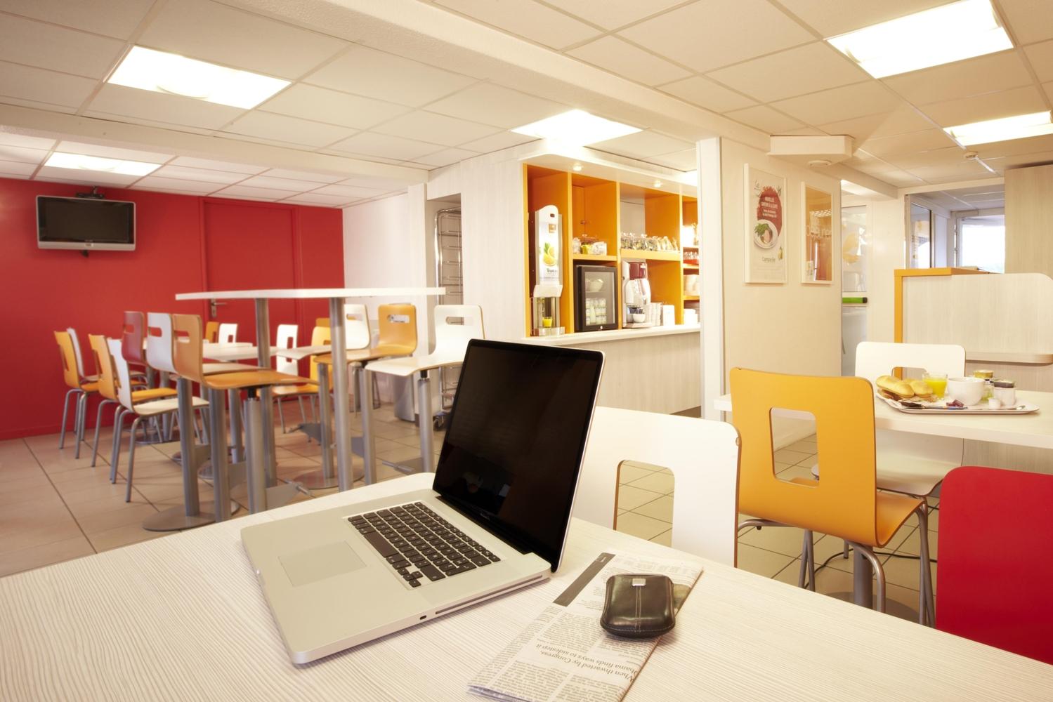 Restaurant - Hôtel Premiere Classe Clermont Ferrand Sud - Aubière