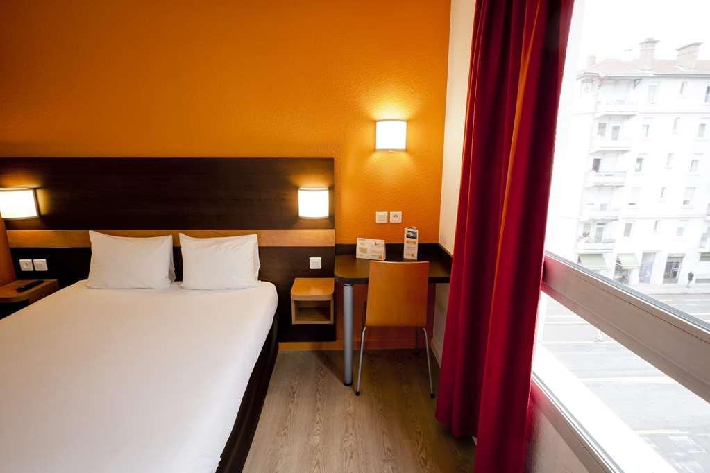 Hotel Première Classe Lyon Centre - Gare Part Dieu