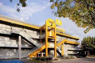 Hôtel PREMIERE CLASSE LYON EST - Aéroport Saint Exupéry