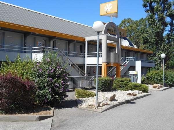 Hotel PREMIERE CLASSE LYON OUEST - Tassin