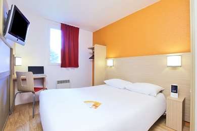 Hotel PREMIERE CLASSE LYON SUD - Pierre Bénite