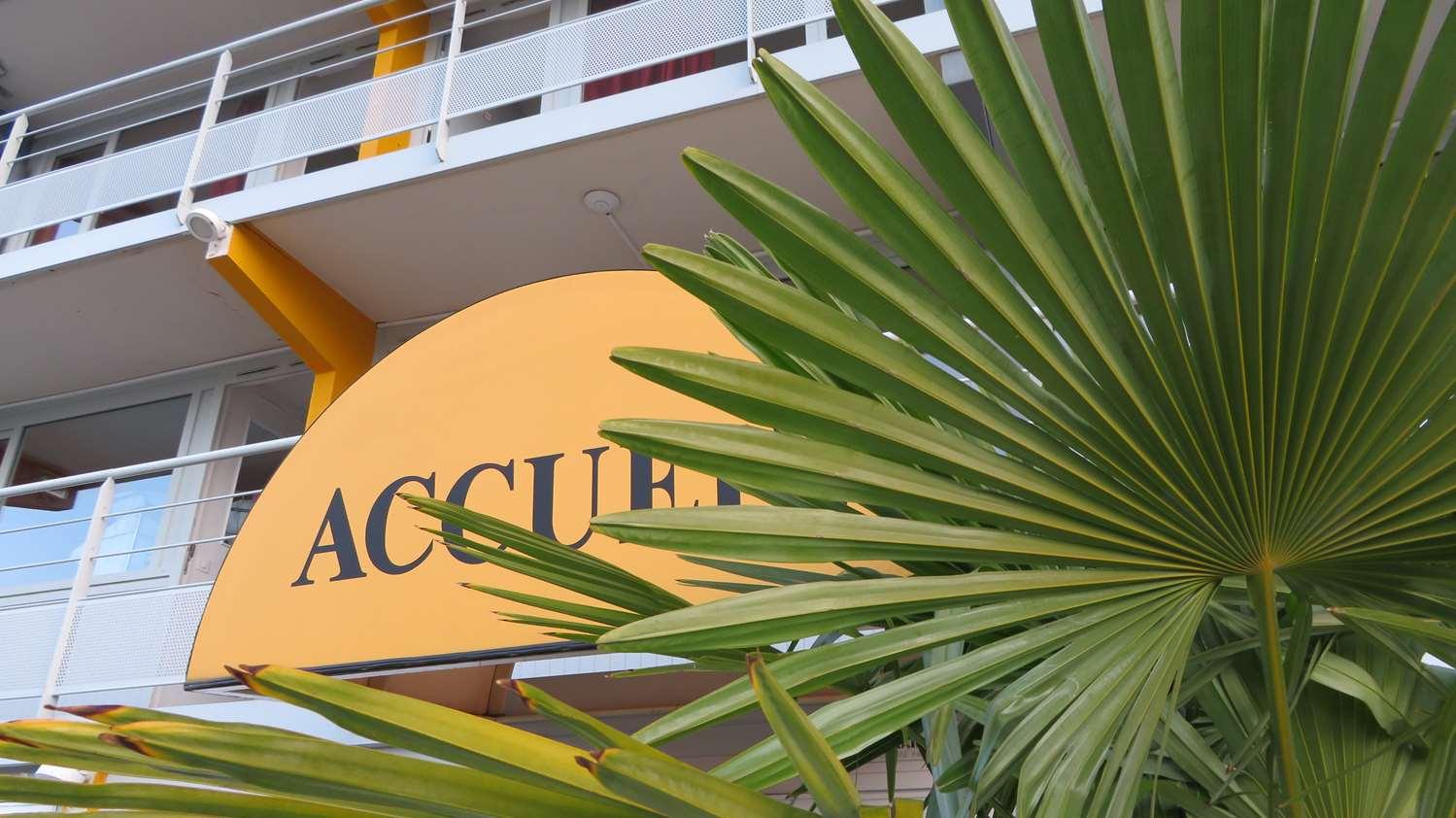 HOTEL PREMIERE CLASSE MACON SUD - Crèches sur Saône