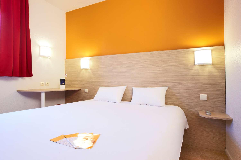 HOTEL PREMIERE CLASSE MONTELIMAR - Les Tourettes