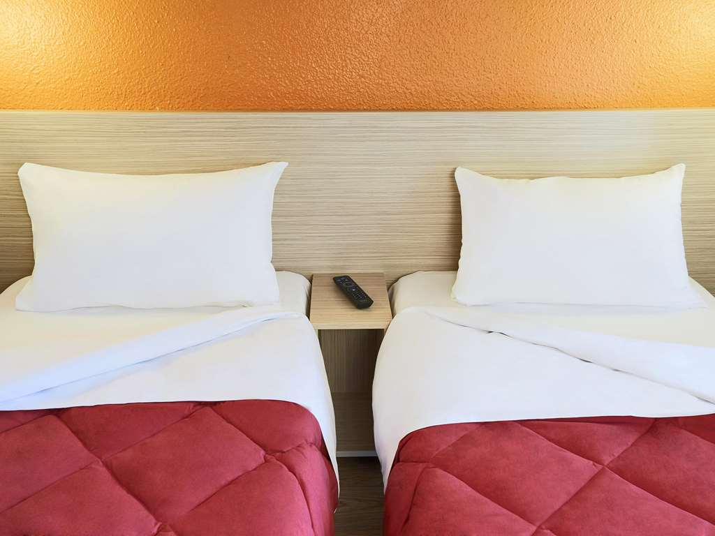 Hotel Première Classe Montpellier Ouest - Saint Jean De Védas