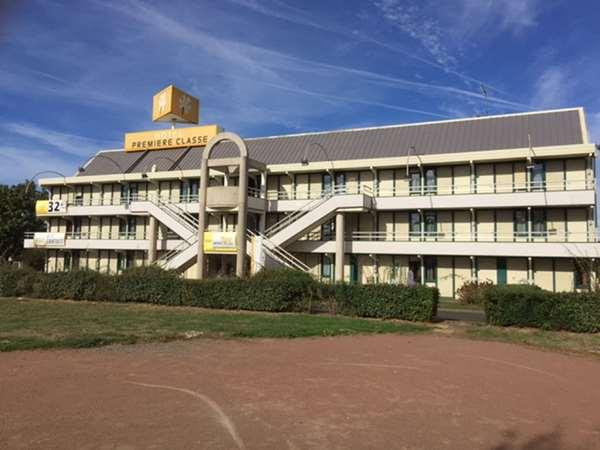 Hotel PREMIERE CLASSE NIORT EST - La Crèche