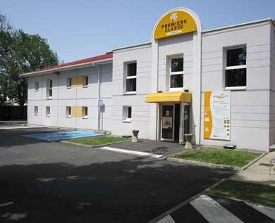 Hôtel PREMIERE CLASSE PAU EST - Bizanos