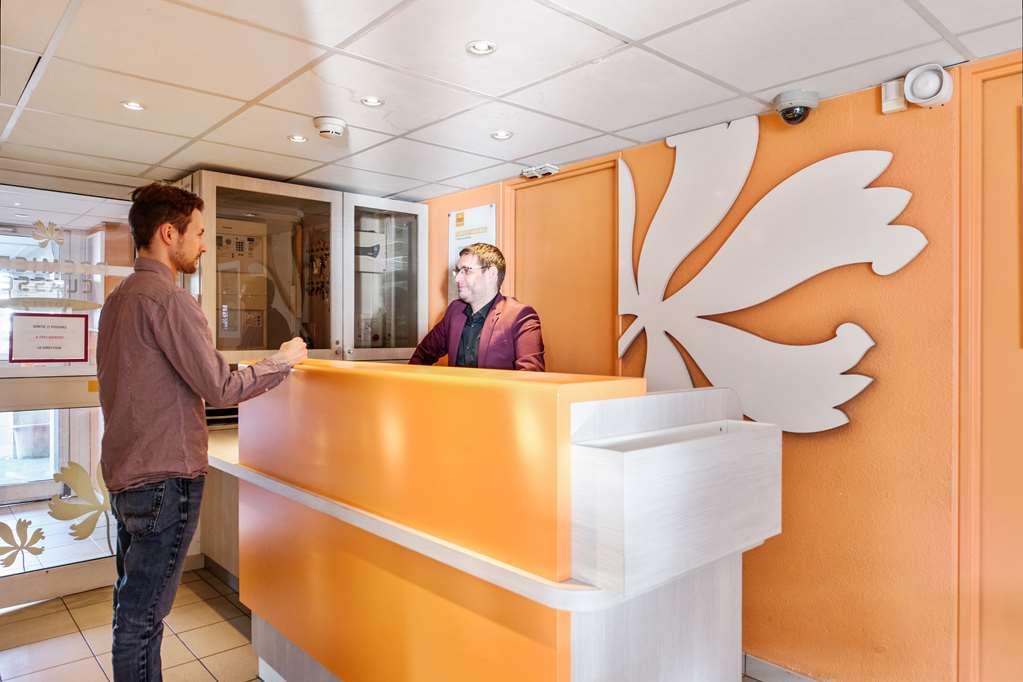 Hotel Première Classe Plaisir