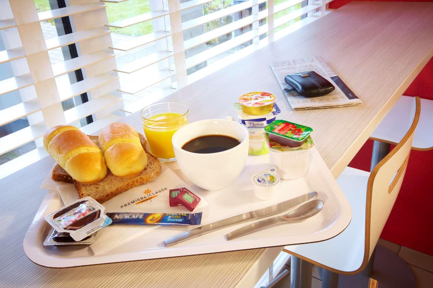 Restaurant - Hotel Premiere Classe Versailles - St-Cyr-L'ecole
