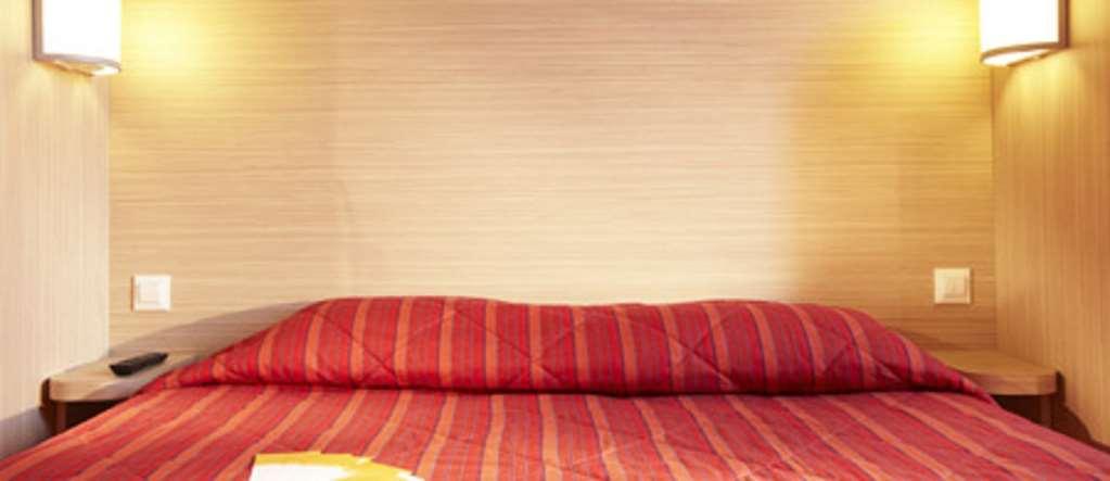 Hotel Première Classe Versailles - Saint Cyr L'Ecole