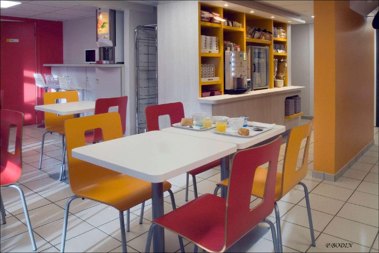 Restaurant - Hotel Premiere Classe Vichy - Bellerive Sur Allier