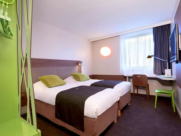 Hôtel HOTEL CAMPANILE BORDEAUX OUEST - Mérignac Aéroport - Chambre Standard - Nouvelle Génération