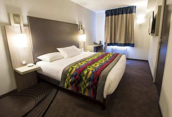 酒店 KYRIAD SAINT QUENTIN