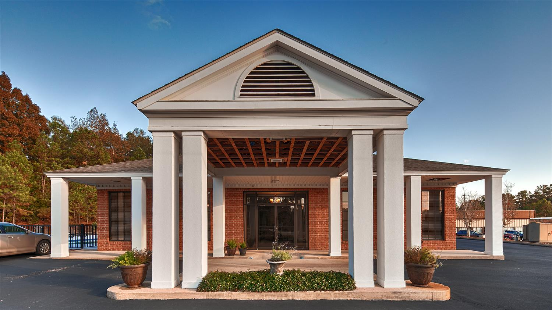 Exterior view - Best Western Suites Jackson