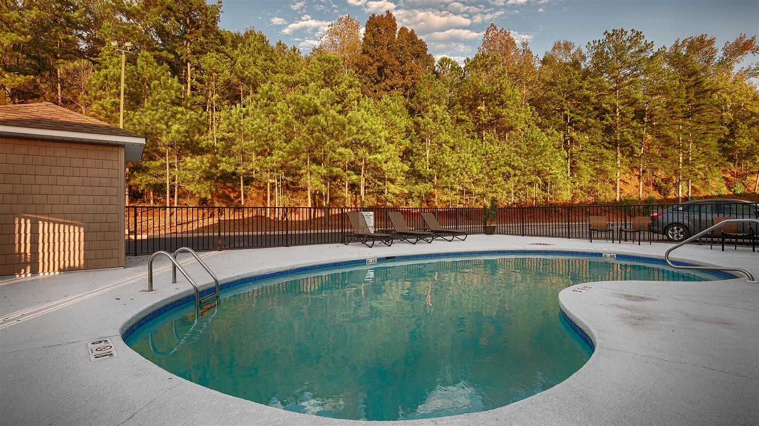 Pool - Best Western Suites Jackson